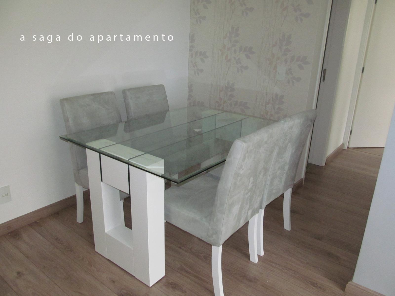 Sala de jantar tomando forma: Mesa e Papel de Parede!!!