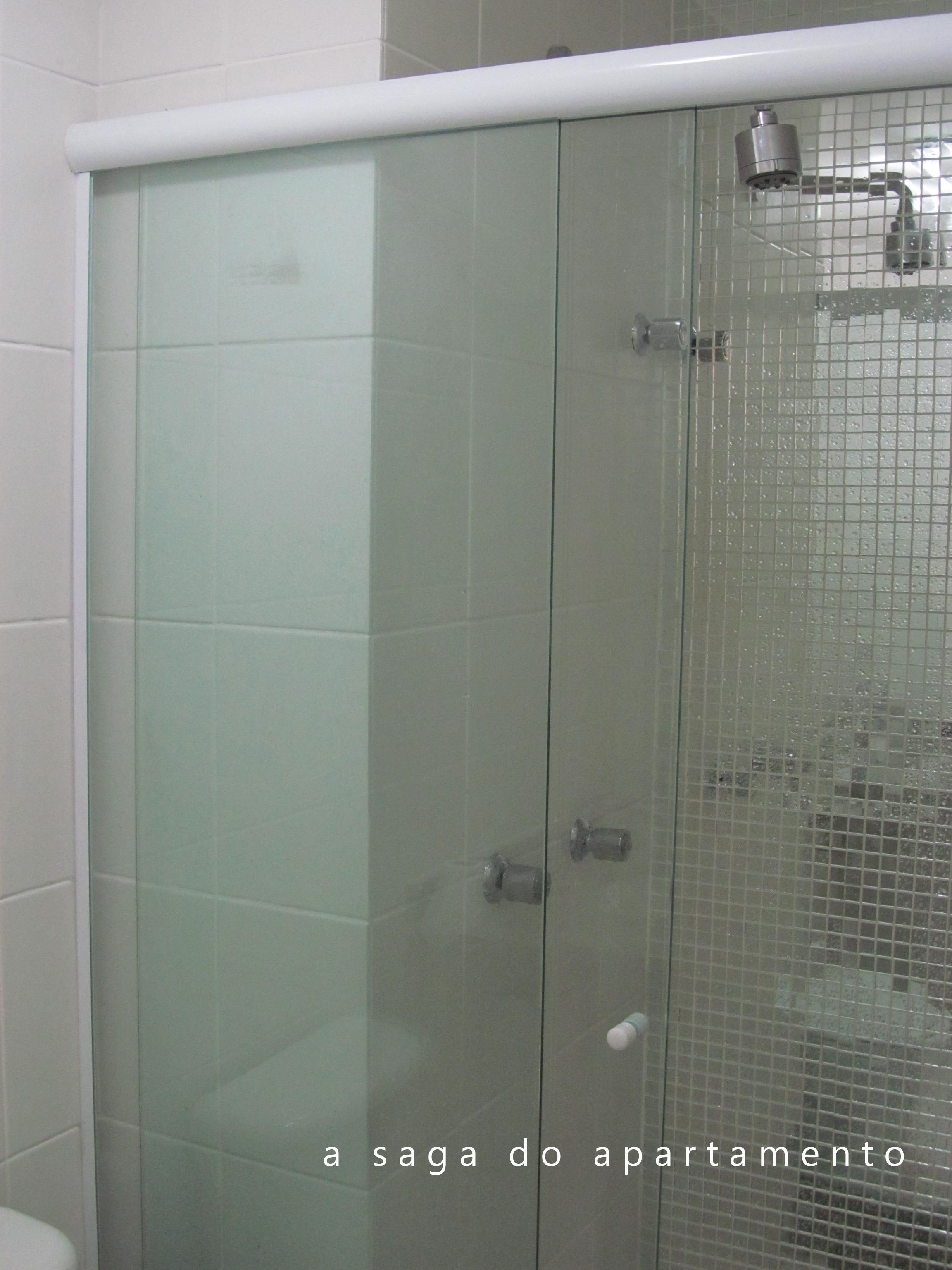foto como ficou o box aproveitando toda a extensão do banheiro #5F6C68 2304x3072 Banheiro De Blindex