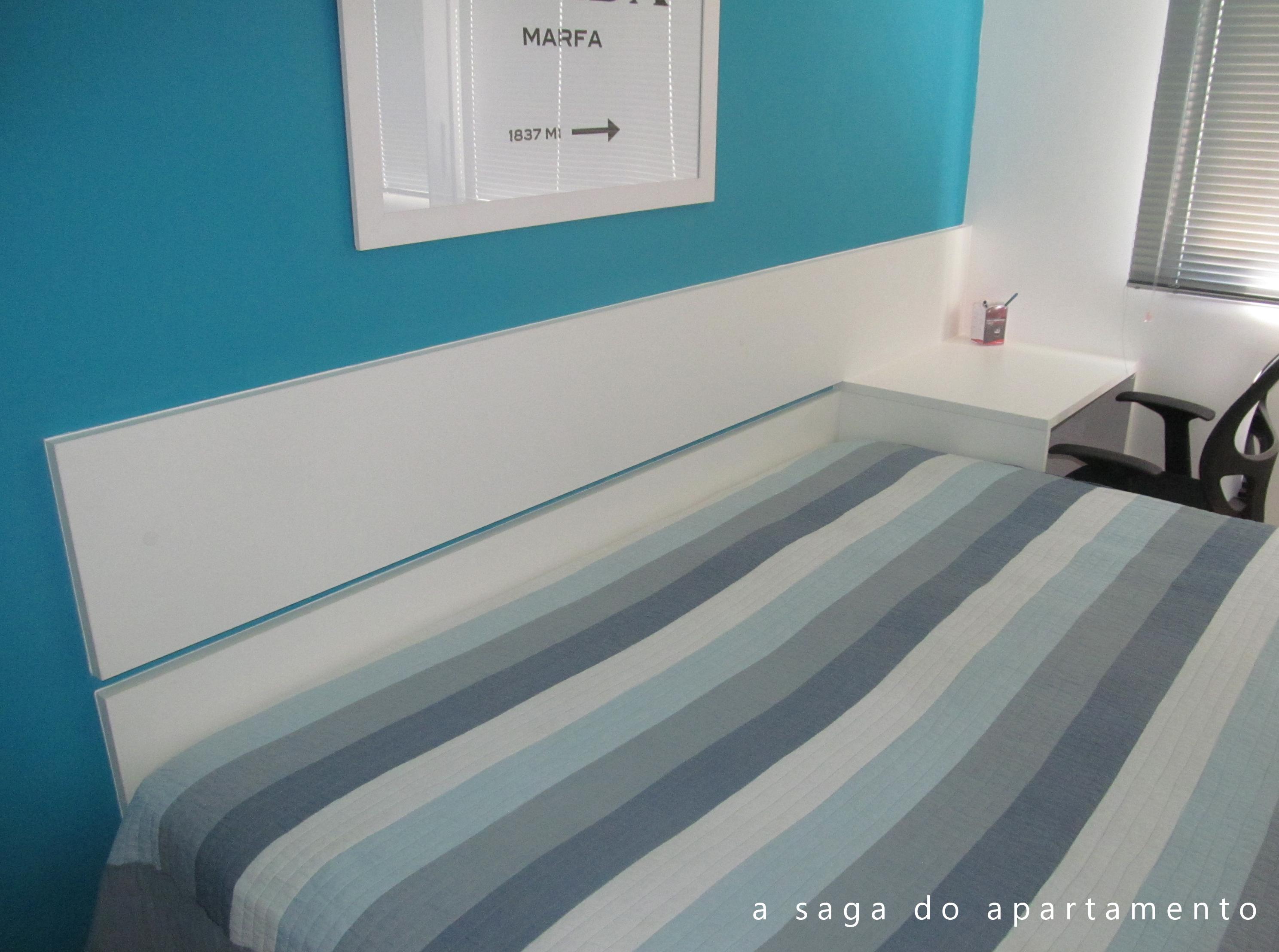 Imaginava que o contraste do azul da parede com o branco das réguas  #204E60 2977x2217