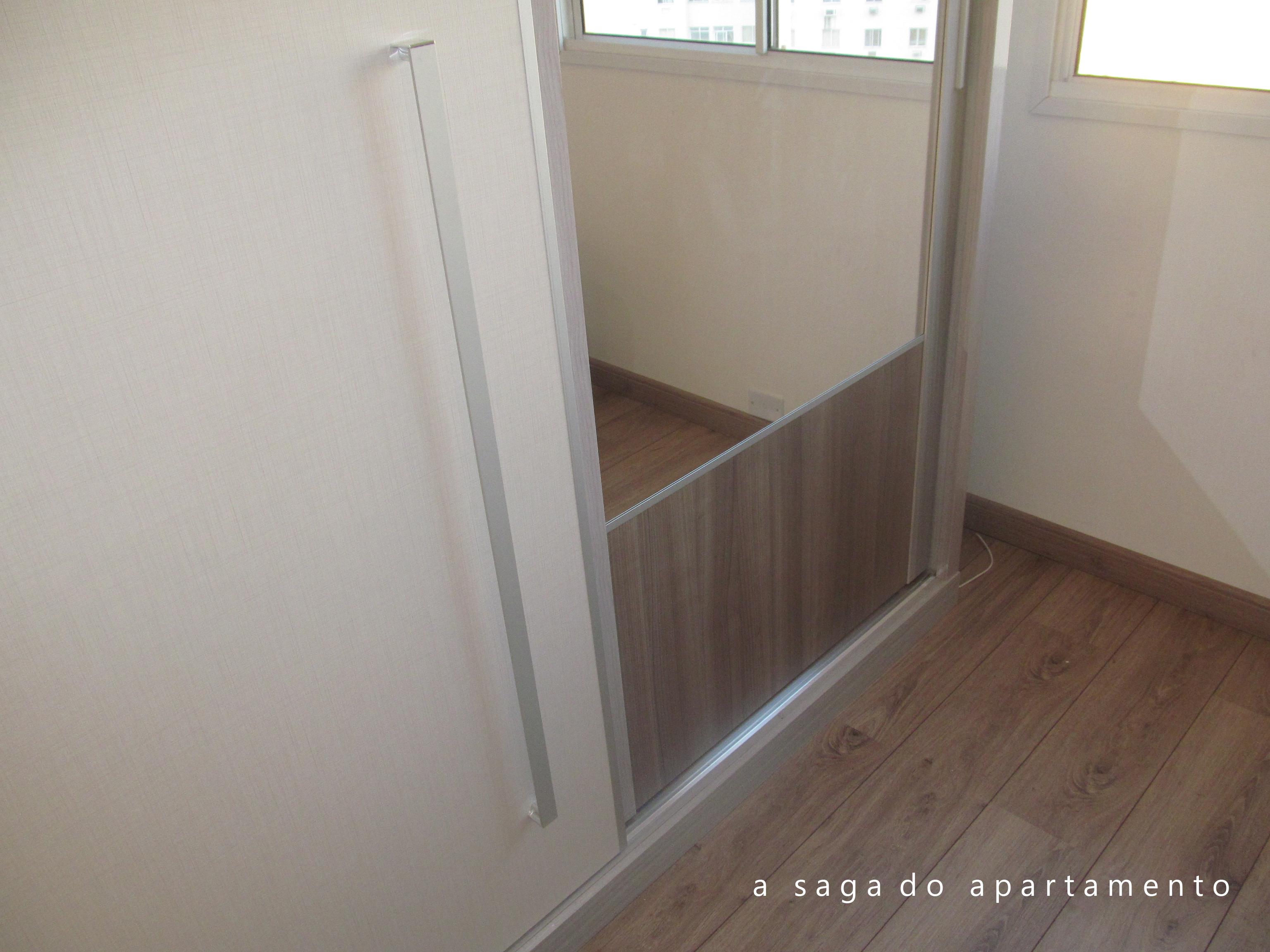 para o armário (Repare também que a cor do padrão de madeira da #526D79 3072x2304