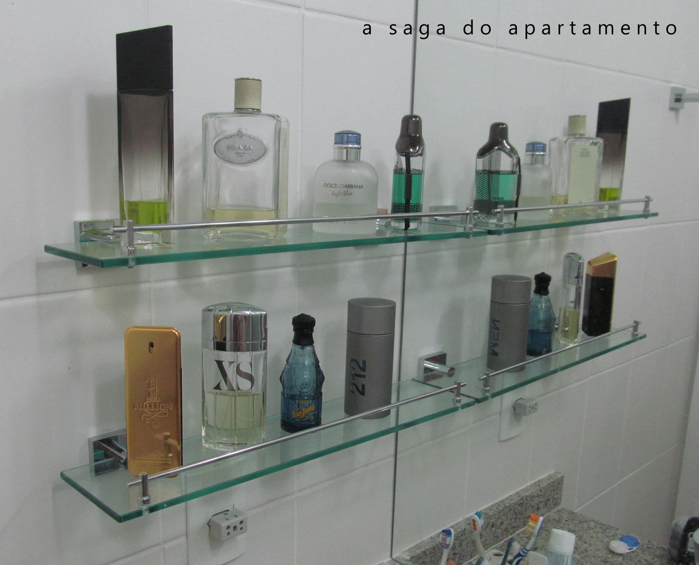 colecao de perfumes prateleira de vidro #664B34 2437 1972