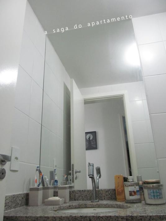 Decorando o Banheiro Quadros, Espelho e Metais  a saga do apartamento # Banheiro Pequeno Com Espelho Grande