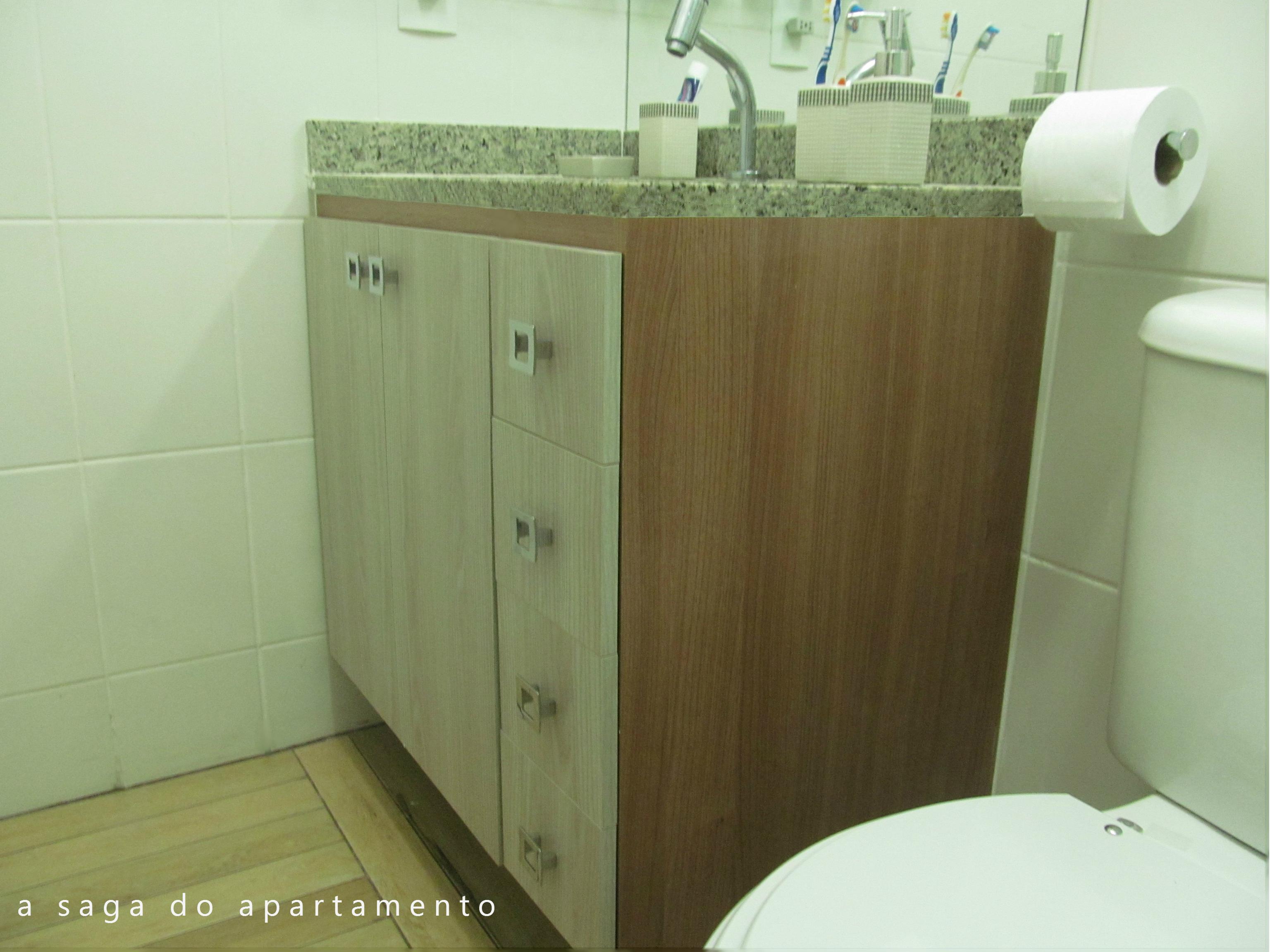 gabinete planejado banheiro  a saga do apartamento -> Banheiro Planejado Cinza