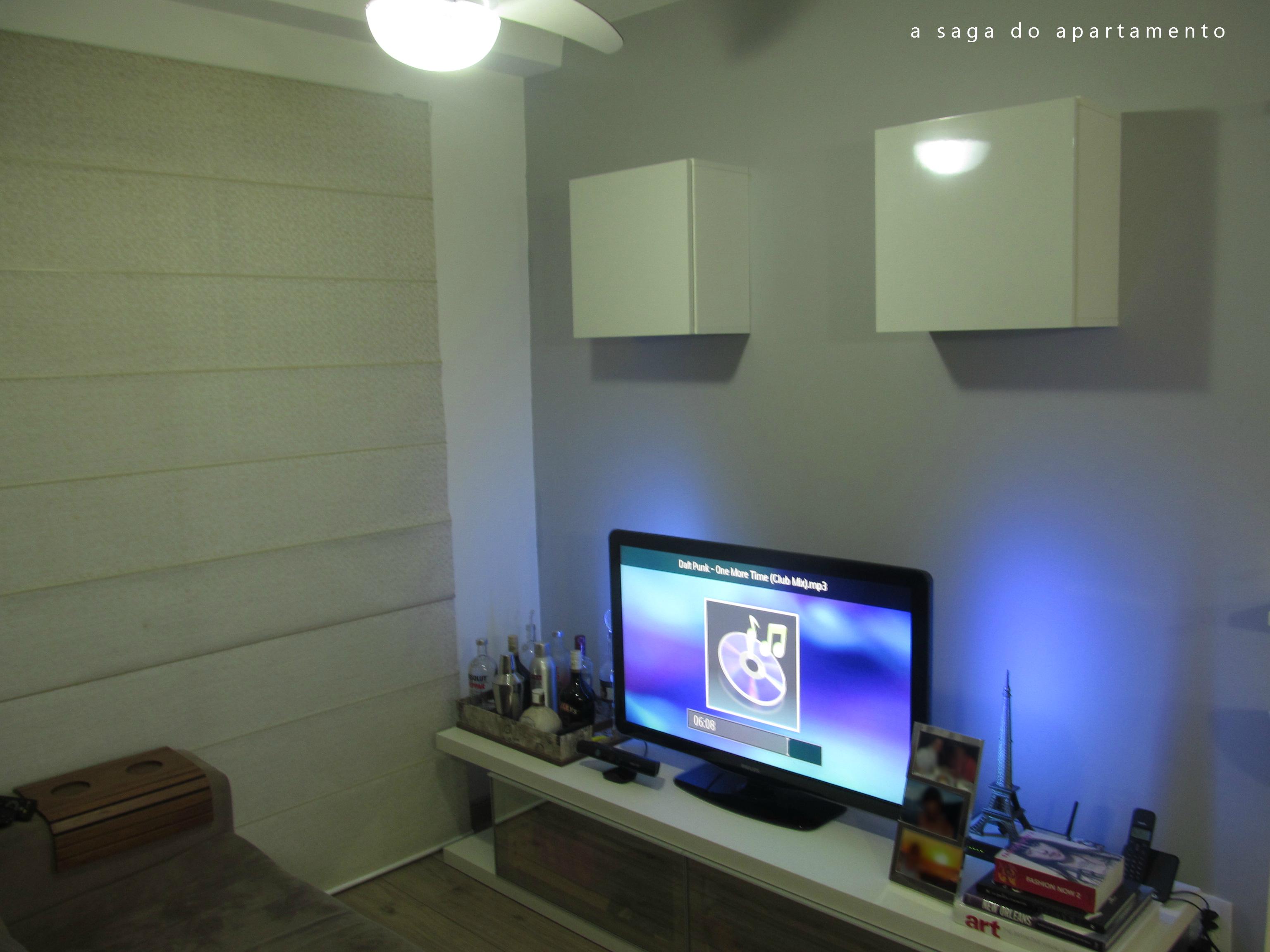 Nichos Na Sala De Tv ~  Espaço Módulos Aéreos para o Rack e Despensa Improvisada