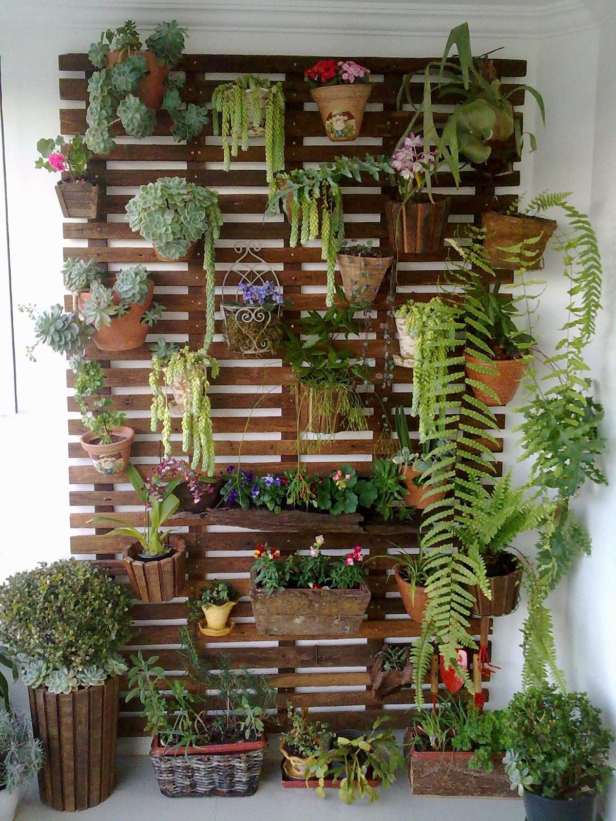 jardim vertical para varanda de apartamento:Vertical Wall Garden Design