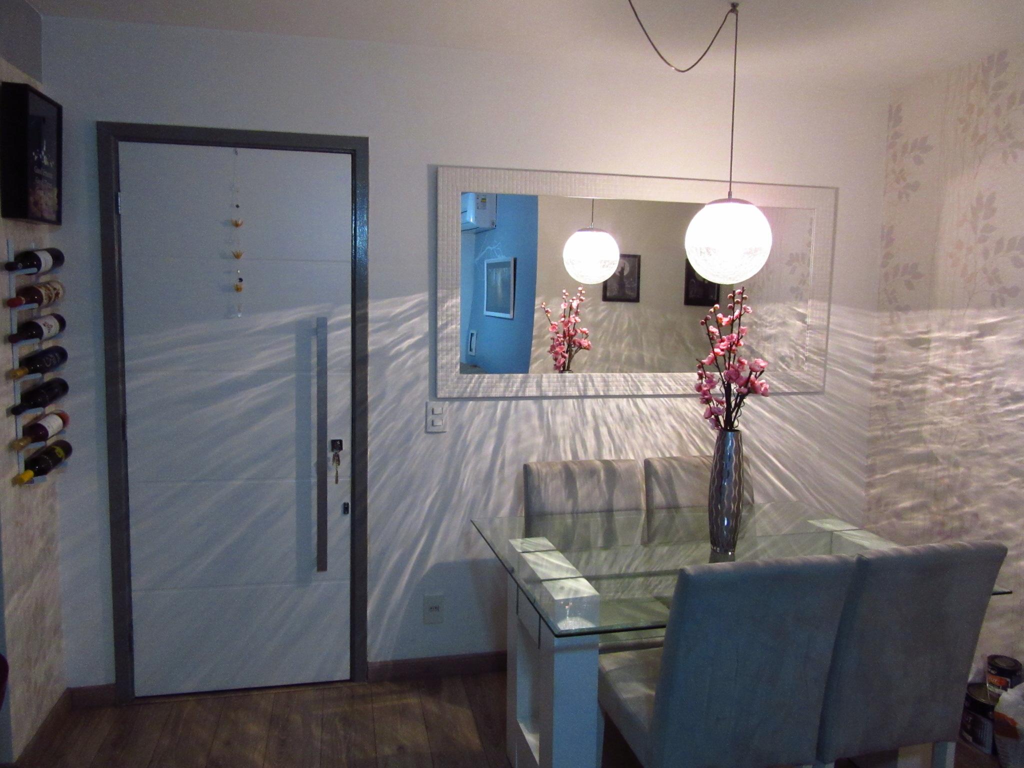 Pintura Portas Brancas A Saga Do Apartamento -> Sala Branca Com Parede Colorida